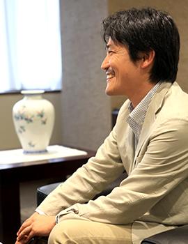 山田 俊浩1