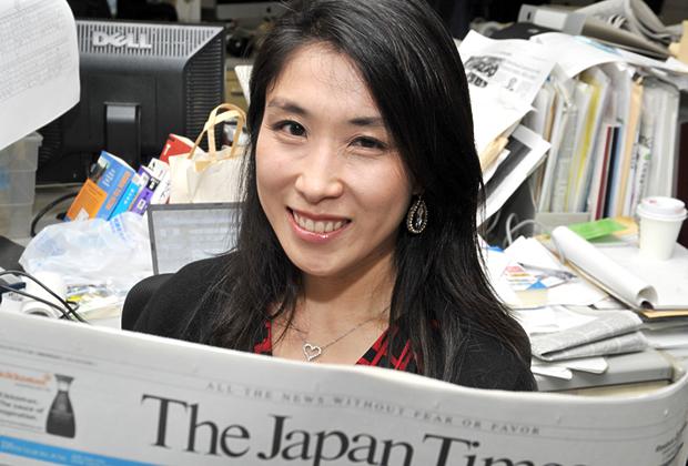 ジャパンタイムズ 三重 綾子氏のトップ画像